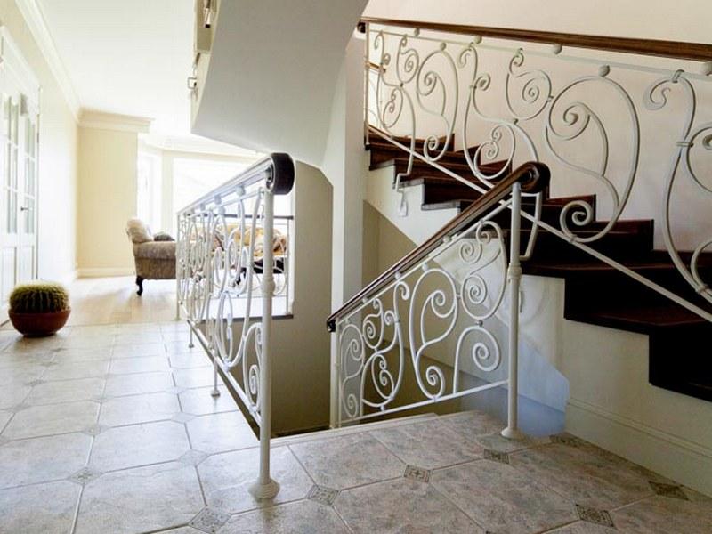 сделать встроить кованые лестницы в стиле прованс фото ранней юности филлион